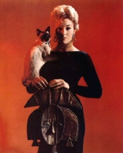 Kim Novak still with her bewitching powers in Bell Book and Candle (1958)